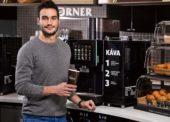 Káva hraje na tuzemských čerpačkách stále prim