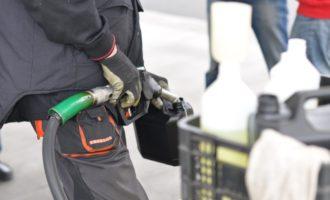 Nevyhovující palivo i dvojí ceny – ČOI provedla nejmasivnější kontrolu D1 v historii