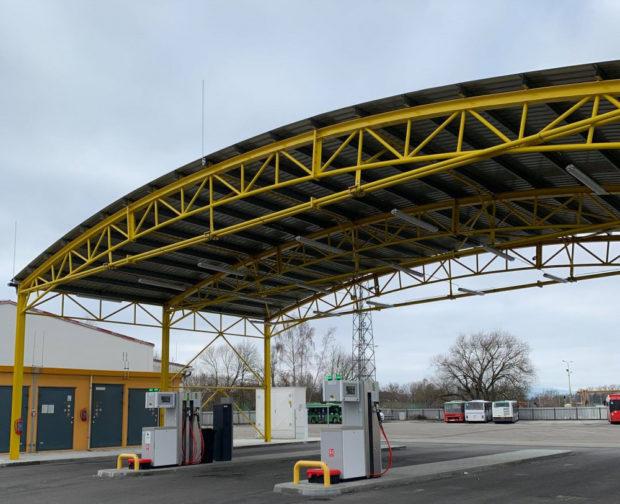 Dopravní podnik v Českých Budějovicích otevřel CNG stanici pro veřejnost