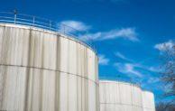 Čínská poptávka po ropě klesá, pohonné hmoty zlevní i v tuzemsku