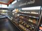 Alkohol: Zákazníka najde plechovka i sklo